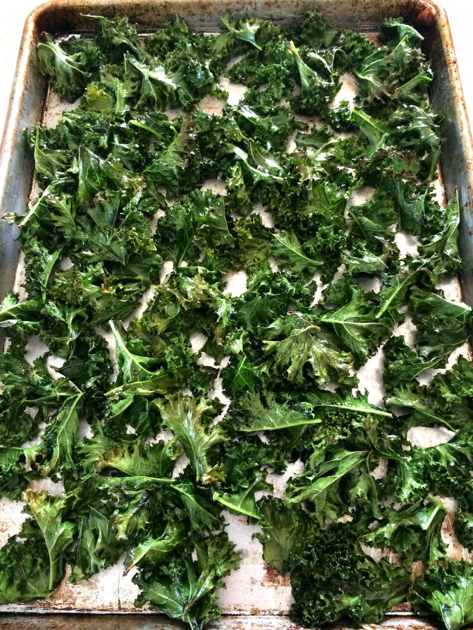Baked kale for kale dust