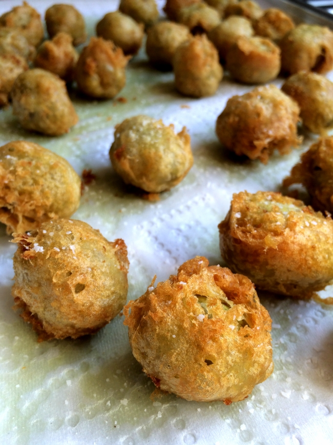 Beer Battered Fried Green Olives with Sriracho Mayo