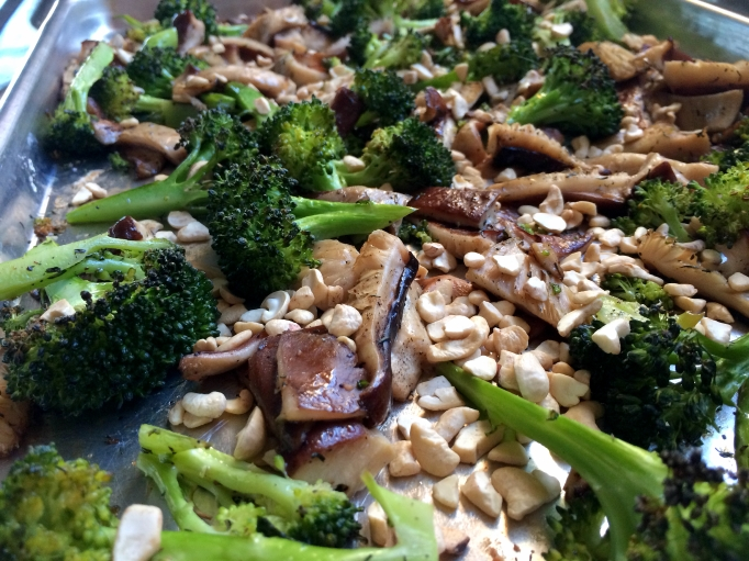 Vegan Garlic Cream Pasta w/ Roasted Broccoli & Mushrooms